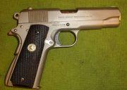 Colt Combat Commander nichelata, .45 ACP