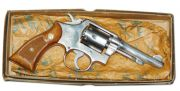 Smith & Wesson --