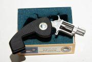 North American Arms 3696 -  mini revolver