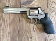 SMITH&WESSON 686 distinguished 357 combat mag.