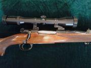 Carabina mauser azione 98 modificata cal 243 win, con incisine e ottica Zeiss diavari 1.5-6x42, pari al nuovo